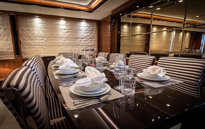 Seabeach yacht dining room