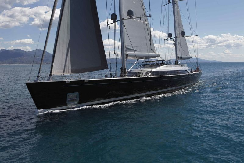 Sybaris sailing