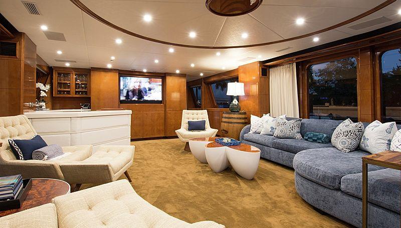Horizon yacht skylounge