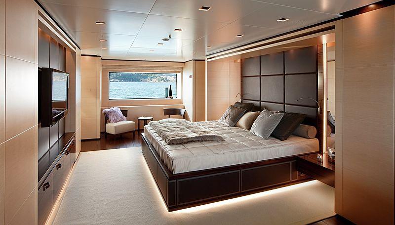 Lammouche yacht stateroom