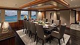 Muchos Mas yacht dinning