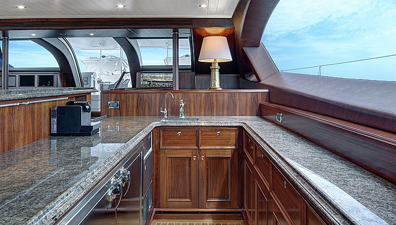 Encore yacht bar