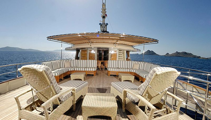 Meserret yacht deck