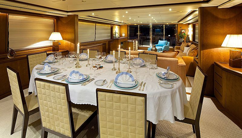 Lady Ellen yacht dining table