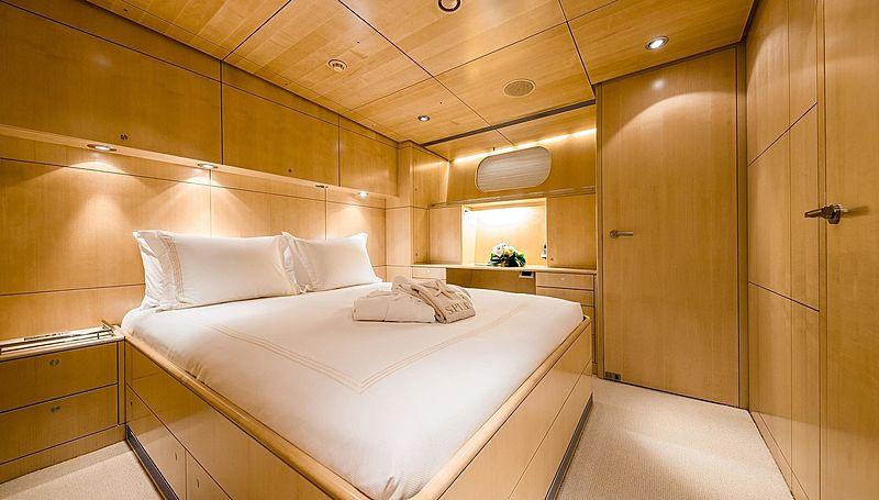 Spiip yacht stateroom