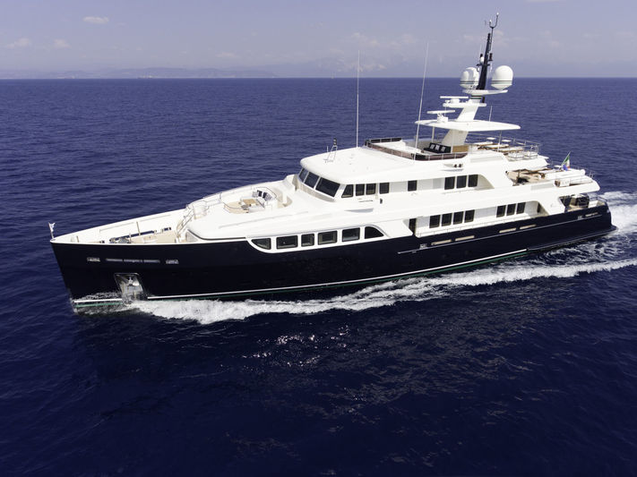 GIO CHI THE yacht Codecasa