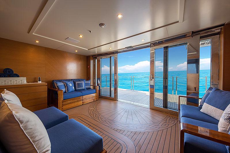 Spectre yacht beach club