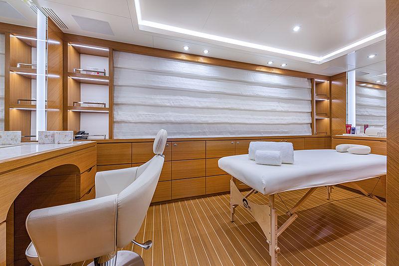 Spectre yacht spa