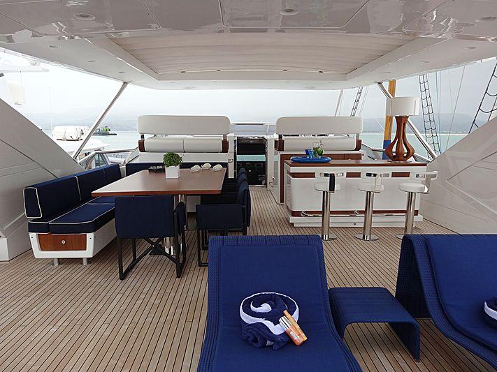 Memories Too yacht sundeck