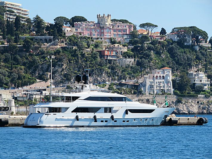 Elinor yacht at ECPY Open Days in Nice