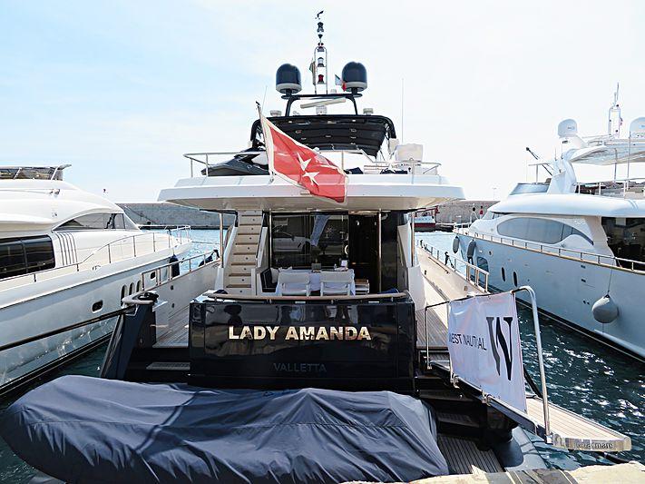 LADY AMANDA yacht Couach