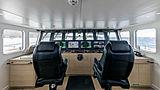 RH3 yacht wheelhouse