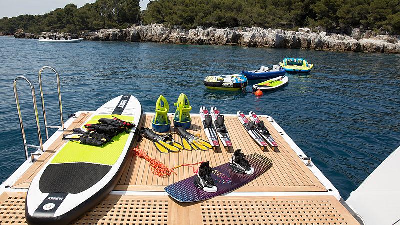 La Mascarade yacht stern platform