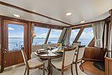 Nirvana yacht dining table