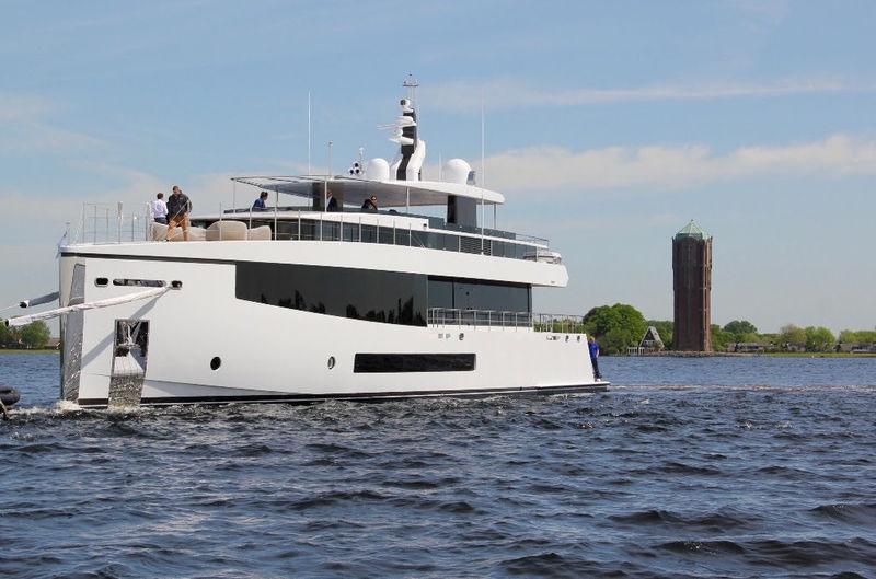 CID yacht Feadship