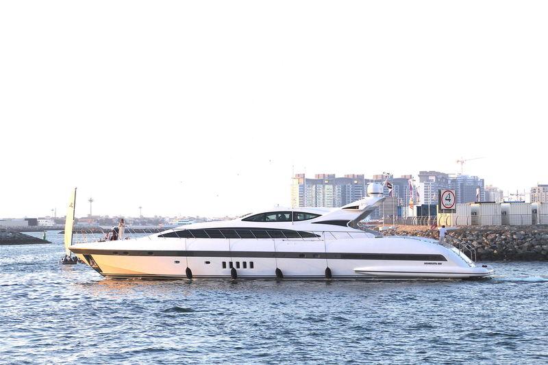 DAYA  yacht Overmarine