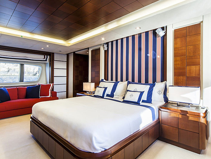 Atmosphere yacht stateroom