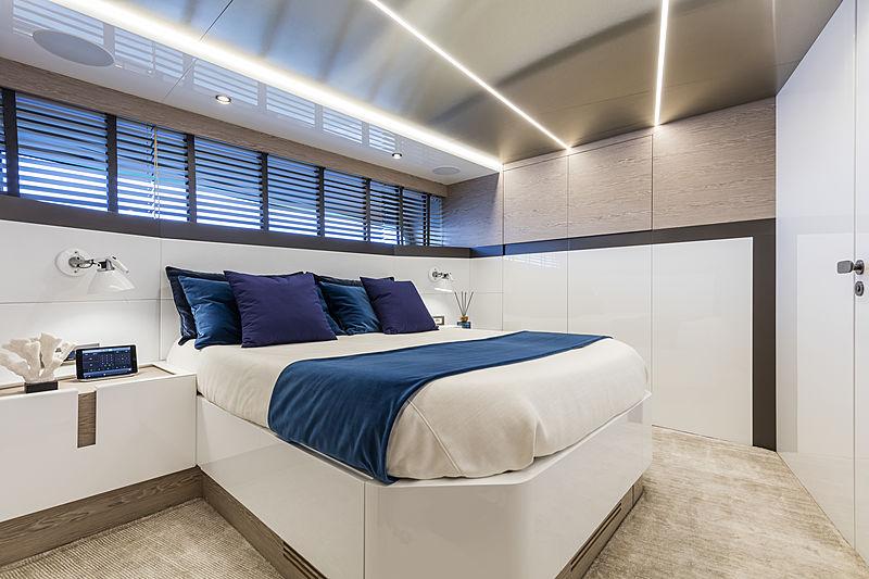 ISA Extra 76 One yacht Stateroom