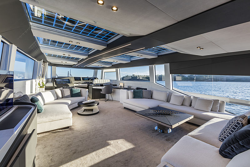 ISA Extra 76 One yacht Saloon