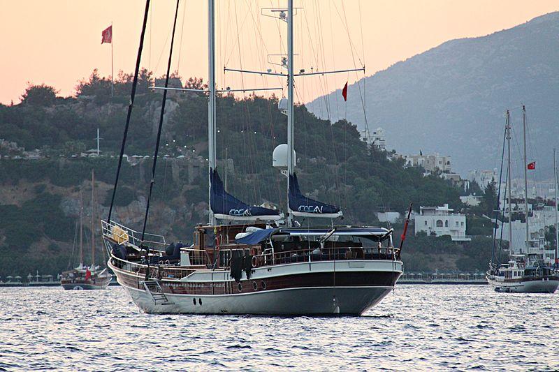 AEGEAN yacht Cobra Yacht