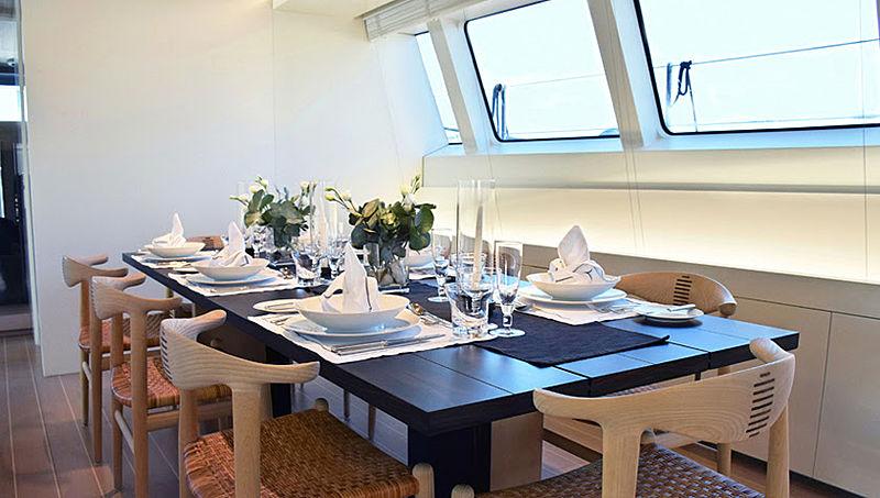 Baracuda Valetta yacht dining room