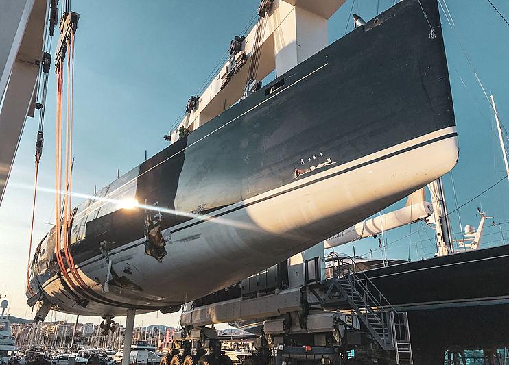 Damaged My Song yacht in Palma de Mallorca