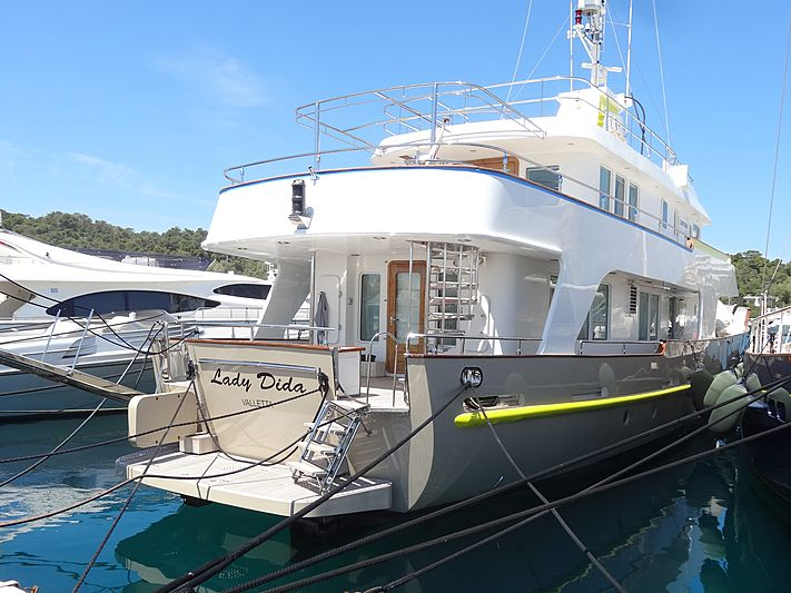 Lady Dida yacht in Vouliagmeni