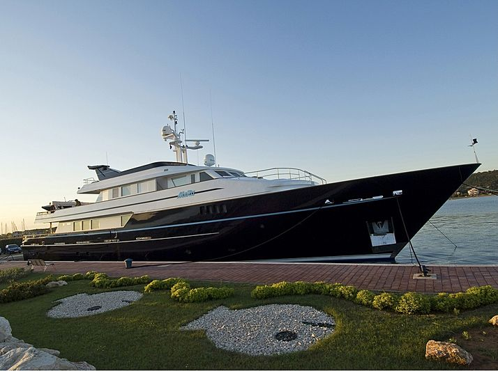 MARO yacht Picchiotti