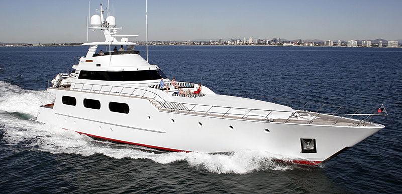 M yacht cruising
