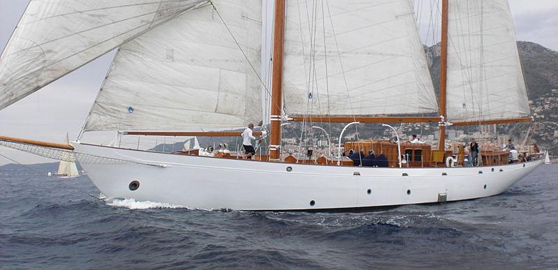 ARIES yacht Camper & Nicholsons Shipyard