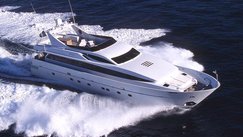 PAB yacht cruising