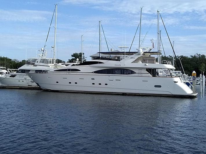 NATALIA yacht Azimut