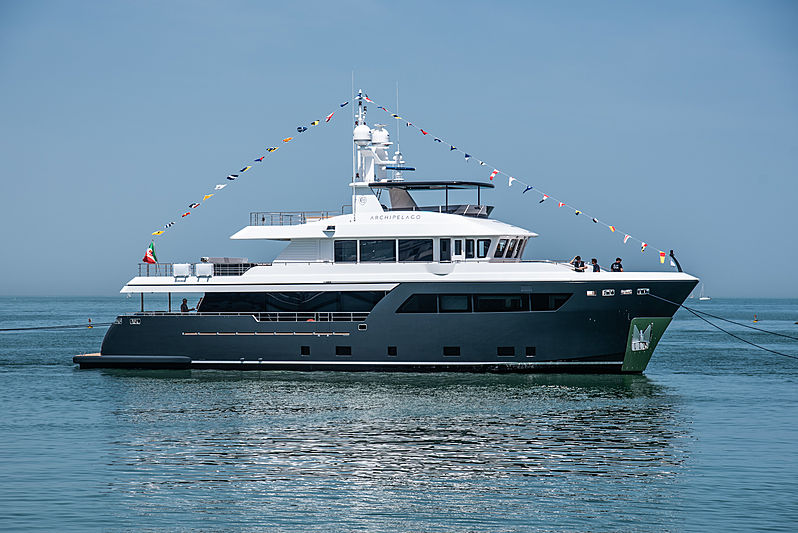 Archipelago yacht just after her launch