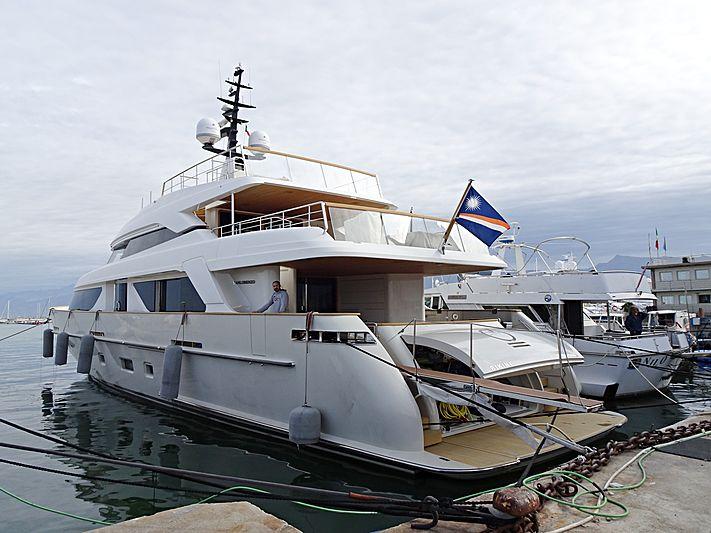 O yacht in Viareggio