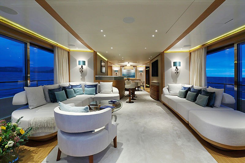 Solis yacht saloon