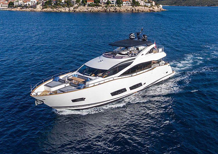 HUNNY BUNNY  yacht Sunseeker