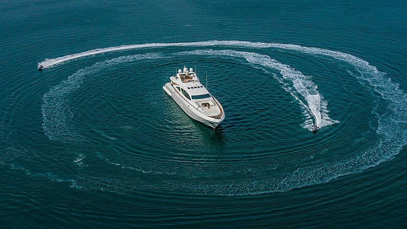 Samhana yacht aerial