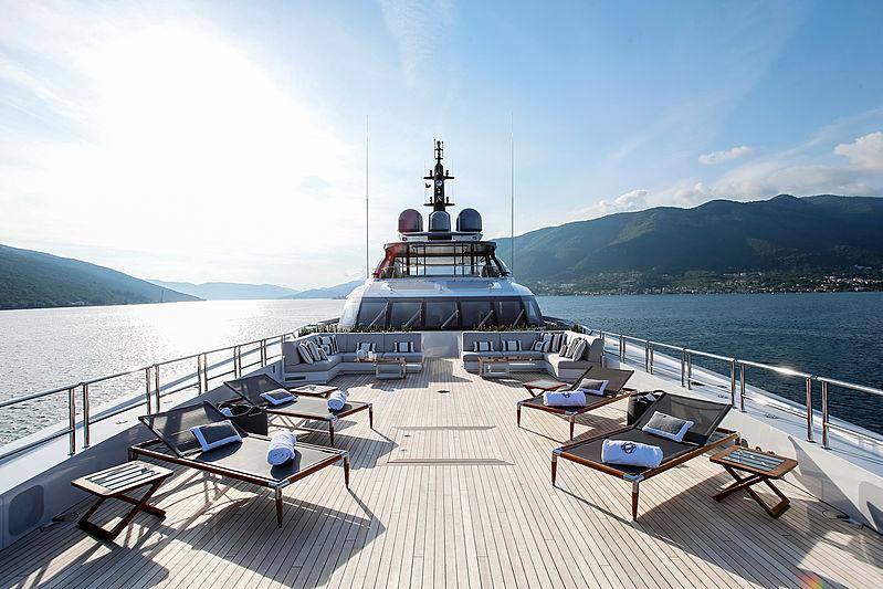 Galactica Super Nova yacht foredeck