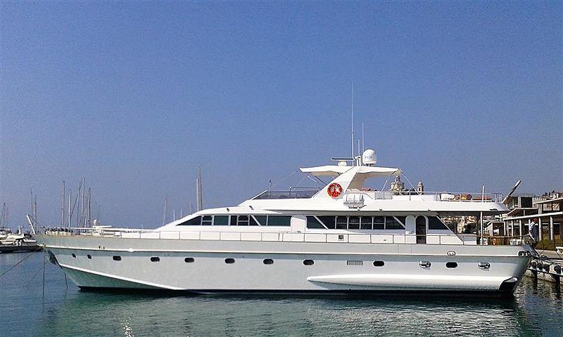 WHITE SECRET yacht Admiral
