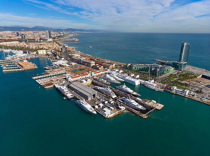 Yachts at the MB92 Barcelona shipyard