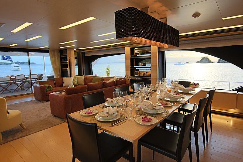 Estel yacht dining room