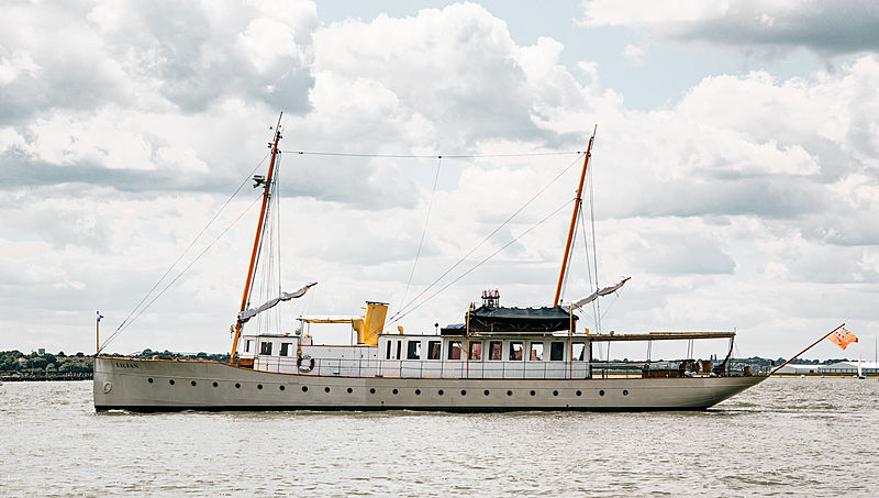 Lilian yacht in Essex
