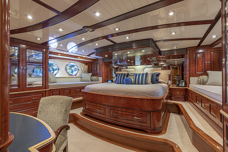 Nadan yacht stateroom