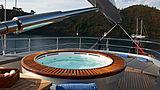 Melek yacht jacuzzi