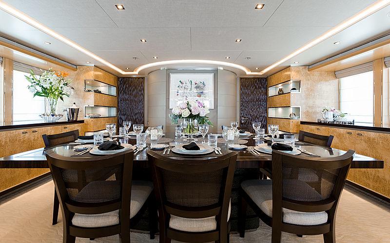 Naseem yacht dining table