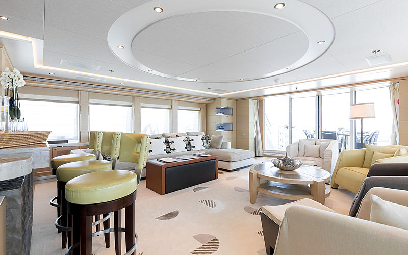 Naseem yacht skylounge