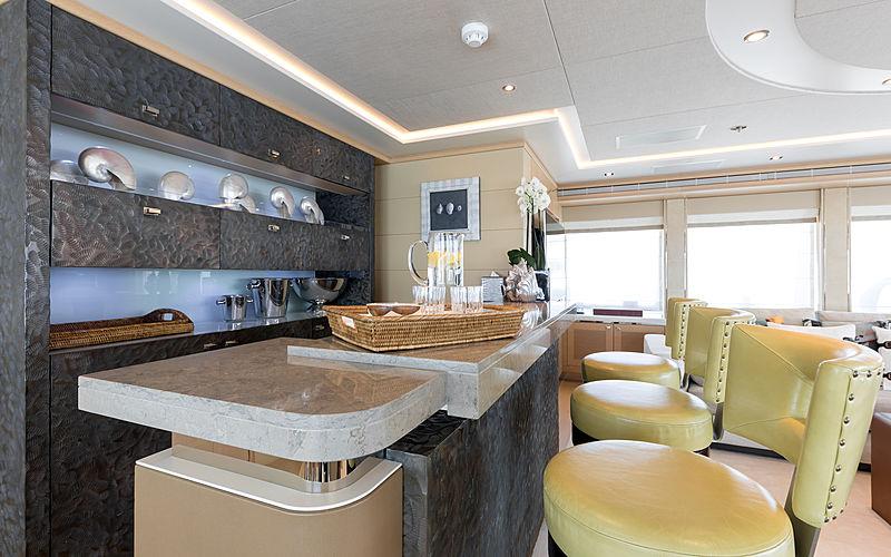 Naseem yacht bar