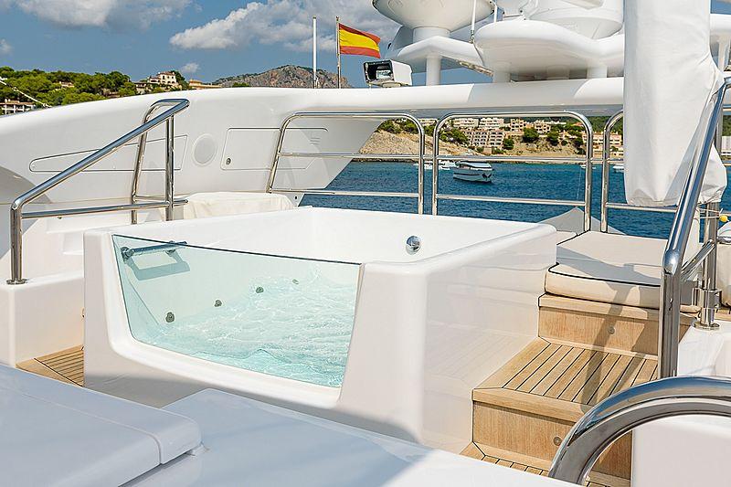 Lisa IV yacht pool