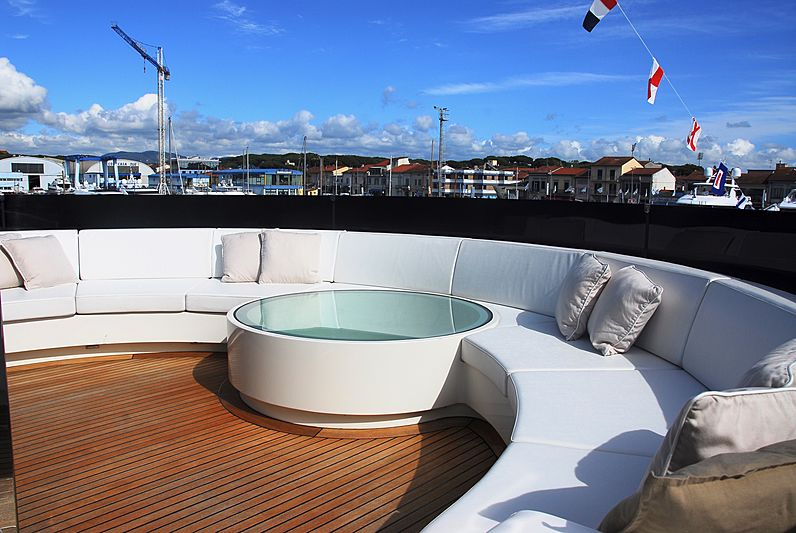 La Pellegrina yacht sun deck