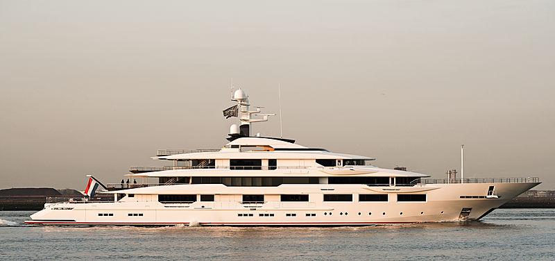 DreAMBoat yacht by Oceanco